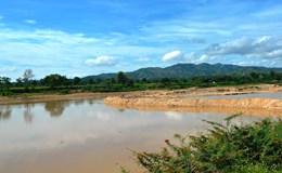 Kon Tum: Tự ý ngăn sông để khai thác cát