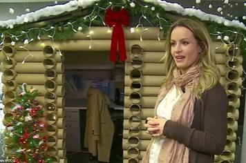 Ngôi nhà Giáng sinh đặc biệt làm từ những chiếc ống nước