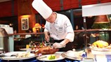 Daewoo Hanoi có bếp trưởng mới về ẩm thực Châu Á