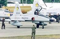 Philippines điều máy bay giám sát Scarborough