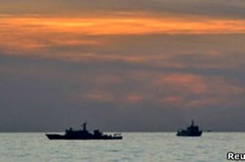 Tàu cá Trung Quốc lại tới bãi cạn Scarborough