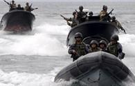 Philippines chống ngoại xâm