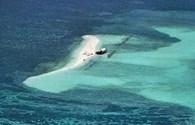 Trung Quốc giăng dây chắn tàu ở Biển Đông