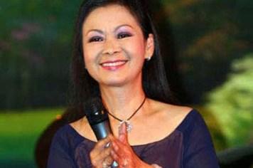 Khánh Ly chỉ muốn kỷ niệm 50 năm ca hát ở quê hương