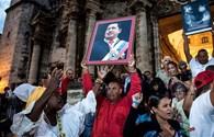 """Tổng thống Venezuela """"vật lộn giành giật sự sống"""""""