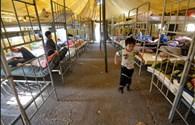 """Lao động Việt sống như """"lính chiến"""" trong lán trại Nga"""