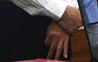 Đồn đoán về ký hiệu bí ẩn của Bạc Hy Lai trước tòa