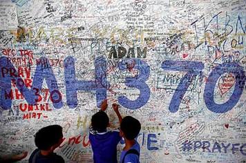"""Thông tin mới: Mảnh vỡ máy bay MH370 """"có thể trôi sang Indonesia"""""""