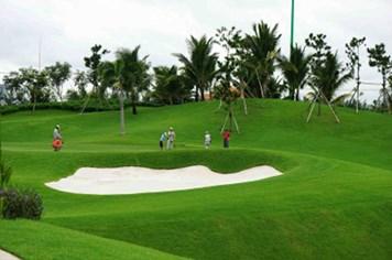 Thu hồi sân golf mở rộng sân bay Tân Sơn Nhất: Bộ Giao thông - Vận tải né tránh