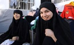Vợ các chiến binh IS tiết lộ cuộc sống chung với nô lệ tình dục