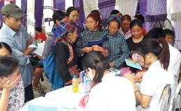 Bác sĩ trẻ tình nguyện lên núi cứu dân