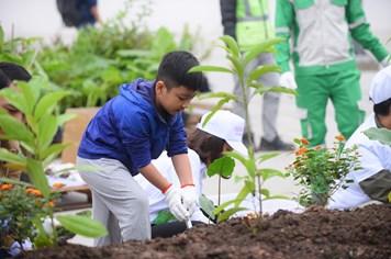 Lễ trồng cây tại Trung tâm Thương mại Aeon Mall Hà Đông