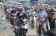 Thu phí bảo trì đường bộ xe máy tại TP.HCM: Quận duy nhất thu cũng xin dừng