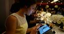 Nhà hàng chơi trội, dùng iPad làm đĩa đựng thức ăn