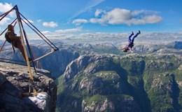 """Thót tim với những """"cú nhảy tử thần"""" từ vách núi cao hơn 1.000m"""