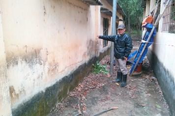 Vụ chôn thuốc trừ sâu động trời ở Thanh Hóa: Dân đề nghị khai quật thêm 4 điểm