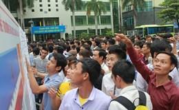 Gần 17.000 người chen chân dự kì thi tiếng Hàn