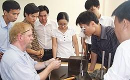 Hướng dẫn thực hiện cấp giấy phép lao động qua mạng cho người lao động nước ngoài
