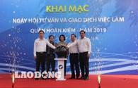 Gần 1000 người lao động tham gia ngày hội tư vấn việc làm quận Hoàn Kiếm năm 2019