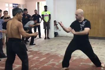 Vụ giao đấu của cao thủ Vịnh Xuân Flores: Bùng nổ tranh cãi