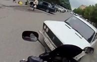 Xe máy và những màn va chạm bất ngờ trên đường phố (phần 2)