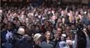 """Clip: Khán giả hô vang """"Thêm 4 năm nữa"""" trong bài phát biểu của Obama"""
