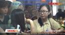 """Khách hàng tố """"bị đánh lừa"""" khi xếp hàng mua 8000 vé tàu giá rẻ của đường sắt Hà Nội"""