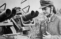 """Nóng nhất hôm nay: Hé lộ về đội nữ chiến binh tuổi teen """"sói xám"""" của Hitler"""