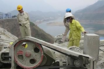 Công nhân xây dựng chủ yếu mắc bệnh phổi silic