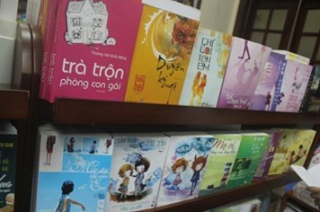 Teen Việt mụ mị với truyện ngôn tình Trung Quốc
