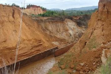 Vỡ đập thủy điện Ia Krêl 2 ở Gia Lai: Nghi vấn về chất lượng đập