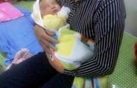 Bé trai sinh mổ, nặng 6,1kg ở Nghệ An