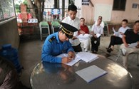 Trạm BOT Bến Thủy: Ngày đầu thực hiện miễn phí cho các phương tiện của người dân