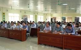 """CĐ các KCN tỉnh Ninh Bình: Phát động """"Tháng hành động về ATVSLĐ"""" và """"Tháng Công nhân"""" năm 2017"""