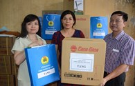Công đoàn Công Thương Việt Nam tặng quà Tết Trung thu cho học sinh vượt khó học giỏi