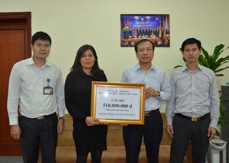 Trao 510 triệu đồng hỗ trợ xây nhà Mái ấm Công đoàn