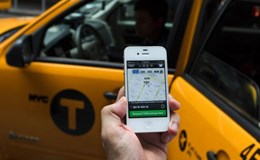 Bộ trưởng Đinh La Thăng: Sẽ hợp pháp hóa taxi Uber nếu có lợi cho người dân