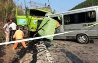 Hiện trường tai nạn thảm khốc làm chết 9 người đi đám cưới ở Thanh Hoá