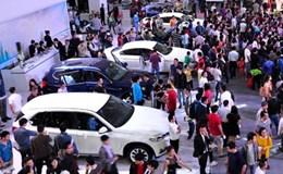 """Giá xe tăng mạnh từ 1.1.2016, chỉ là """"chém gió ăn tiền""""?"""