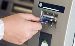 Tăng phí ATM cần đi kèm tăng chất lượng dịch vụ