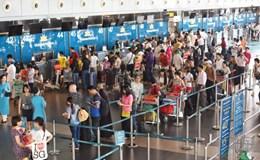Chuẩn bị tăng giá dịch vụ hàng không?