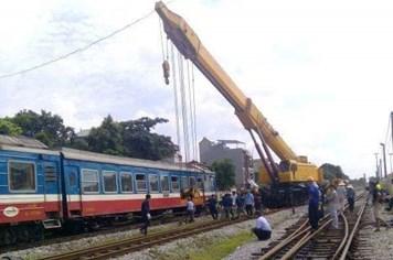 Liên tiếp xảy ra sự cố tàu hoả trật bánh ở ga Yên Viên
