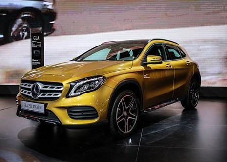 Những mẫu xe tâm điểm của Mercedes-Benz tại Triển lãm Ôtô Việt Nam 2017