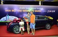 Mua biệt thự resort 8 tỉ gần chợ Bến Thành, lái xe Mercedes về nhà