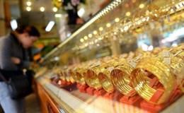 Giá vàng ngày 15.6: Vàng thế giới biến động khôn lường vì Fed