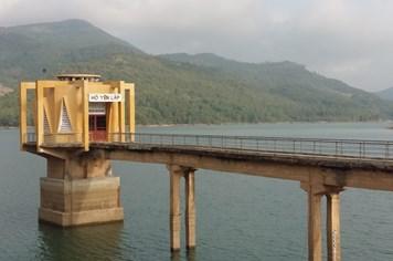 """Quảng Ninh: Nóng như thiêu đốt, nhiều hồ sắp chạm mực nước """"chết"""""""