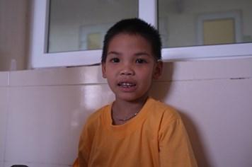 UT2: Cuộc chiến của cậu bé dân tộc Thái với ung thư hạch