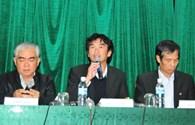 HLV Phan Thanh Hùng từ chức, không ai ở VFF mất ghế