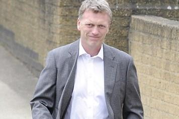 David Moyes thay Ferguson dẫn dắt Man United