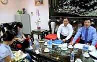 """""""Đại gia"""" ẩn danh rút lại 10,5 tỉ định chuộc nhà cho Chánh Tín"""